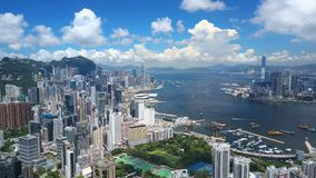 4k luchtvideo van Victoria Harbour in Hong Kong stock video