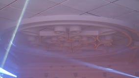 4K Lumi?res lasers color?es sur l'?tape Effets professionnels d'exposition d'?clairage et de bruit de couleur banque de vidéos