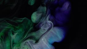 4k materiał filmowy Abstrakcjonistyczny kolorowy farba atrament wybucha dyfundowanie psychodelicznego zbiory wideo
