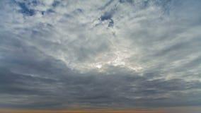 4K. Nubes móviles Timelapse