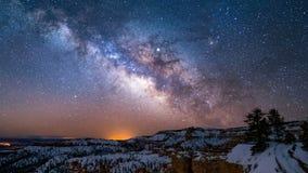 4K Panning Timelapse van Mliky-manier over Bryce Canyon, Utah, de V.S. stock videobeelden