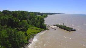 4k Powietrzny materiał filmowy Jeziorna Erie linia brzegowa zbiory