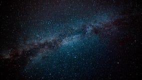 4k ruimtevlucht in een stergebied Het fundamentele 3D teruggeven van een ruimtevlucht in de Melkweg vector illustratie
