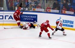 K Semjonow 94 fallen unten Stockfotografie