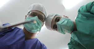 4K sjukvård, läkarundersökning arkivfilmer