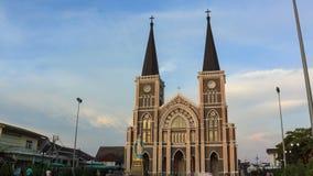 4K Time-lape, solnedgång Roman Catholic Diocese av Chanthaburi, Thailand lager videofilmer