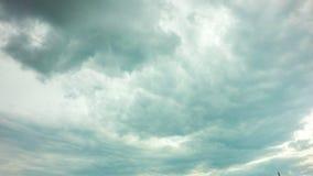 4k timelapse πρωινός ουρανός με τα χνουδωτά σύννεφα, βίντεο περιτύλιξης απόθεμα βίντεο