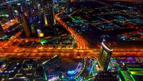 4K timelapse 最佳的夜视图高速公路在迪拜 股票录像