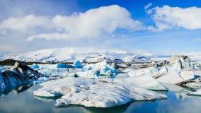 4K Timelapse av smältande isberg, Jokulsarlon glaciärlagun, Island stock video