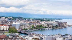4K Timelapse del puente de la catedral del Saint Pierre - Suiza de Ginebra Mont Blanc