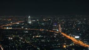 4K Timelapse del tráfico de Bangkok en la carretera de la autopista en la noche almacen de video