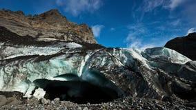 4K timelapse Eyjafjallajokullgletsjer (Eyjafjallajökull) - de zesde - grootste gletsjer in IJsland Gevestigd in het zuiden stock footage