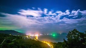 4K timelapse Nocy miasta i morza panoramiczni widoki od punktu widzenia, Koh Samui, Tajlandia zbiory