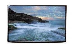 4K TV op de geïsoleerde muur Royalty-vrije Stock Foto's