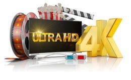 4K TV, palomitas y película Imagen de archivo libre de regalías