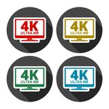 4K TV-pictogram - Vector met lange schaduw wordt geplaatst die Stock Afbeeldingen