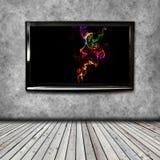 4K TV sulla parete isolata Immagine Stock