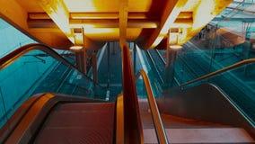 4K UHD wideo automatyczni eskalatory od stacji Bern zbiory wideo