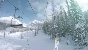 4K Ultra UHDTV 3840X2160: Narciarski dźwignięcie w śnieżnym Tatras Halnym kurorcie zdjęcie wideo