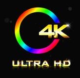 4K ultradieHD-teken op zwarte achtergrond wordt geïsoleerd Stock Foto