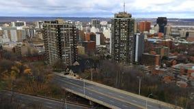 4K UltraHD哈密尔顿,加拿大Timelapse与高速公路的地平线 股票录像