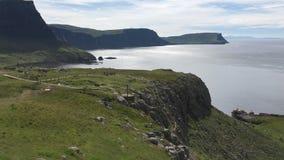 4K UltraHD-Mening van Neist-Punt, Eiland van Skye, Schotland stock footage