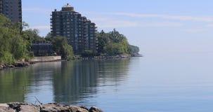 4K UltraHD Ontario Jeziorny brzeg na pokojowym dniu zbiory wideo