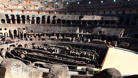 4K UltraHD Timelapse des Innenraums des Colosseum in Rom stock footage