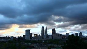 4K UltraHD Timelapse di buio si rannuvola Cleveland all'alba video d archivio