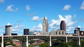 4K UltraHD Timelapse van het stadscentrum van Cleveland, Ohio op een de zomerdag stock footage