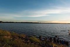 4K van Mooi zonsopgang over oceaan timelapse Sakonnakorn thailand stock video