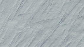 4K Vlucht en start boven sneeuwgebieden in de winter, lucht hoogste mening met omwenteling Witte sneeuwtextuur stock videobeelden