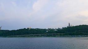 4K, widok Kijów Lavra od szerokiej Zaporoskiej rzeki zdjęcie wideo