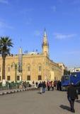 Kaïro, Egypte - December 13, 2014: Al-Hussein Mosque, Husayn ibn Ali Stock Foto's