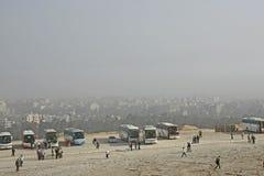 Kaïro, voor de piramides stock afbeeldingen