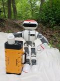 Każdy robot Potrzebuje troszkę ochronę która utrzymuje one iść obraz royalty free
