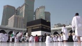 Kaaba in Mekka in het Hoofdartikel van Saudi-Arabië stock video
