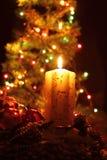 Kaars en de Kerstmisboom Stock Foto