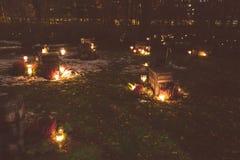 Kaarsen in de Kalevankangas-begraafplaats in Tampere worden aangestoken dat Royalty-vrije Stock Afbeelding