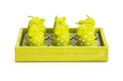 Kaarsen in de vorm van Pasen-konijntjes Stock Foto
