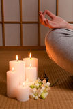 Kaarsen en meditatie Stock Foto's
