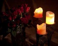 Kaarsen en rozen Royalty-vrije Stock Foto