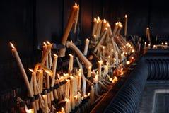 Kaarsen in Heiligdom van Fatima Stock Foto