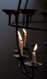Kaarsen in katholieke kerk Royalty-vrije Stock Foto's