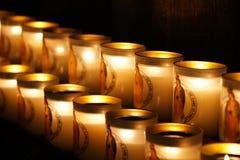 Kaarsen in Notre Dame de Paris Cathédrale Stock Fotografie