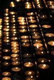 Kaarsen in Stephansdom stock afbeeldingen