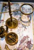 Kaart en kompas Royalty-vrije Stock Foto's