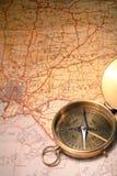 Kaart en kompas Stock Afbeeldingen