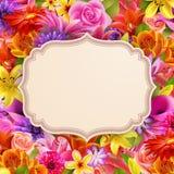 Kaart met plaats voor tekst op bloemachtergrond Royalty-vrije Stock Foto
