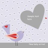 Kaart met purpere vogel in liefde Stock Foto